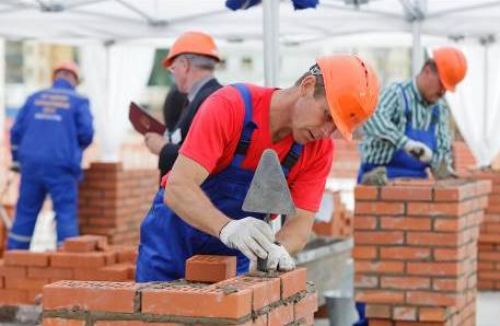 Комісію, яка виявлятиме незаконне будівництво, створили в Луцькраді , фото-1