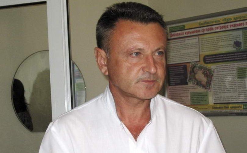Після звільнення директор Луцького пологового будинку працює акушером-гінекологом, фото-1